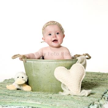 Foto Hüss - Portrait - Baby - Newborn - grün