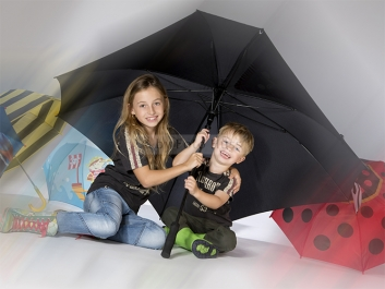 Foto Hüss - Portrait - Kinder - Regenschirm