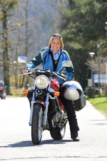 Foto Hüss - Outdoor - Portrait -  Aufnahmen - Frau - Motorrad