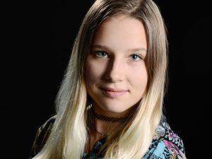 Foto Hüss - Uznach - Julia Hungenbühler in Ausbildung
